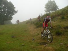 vélo,vtt,montagne,monts du cantal,herbe à vaches,dériv'chaînes